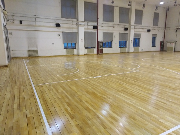 北京体育大学(优肯篮球)运动地板打磨翻新案例