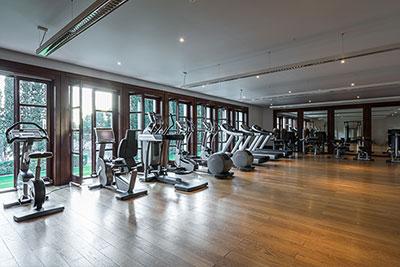 室内健身运动应该选择什么类型的地板?