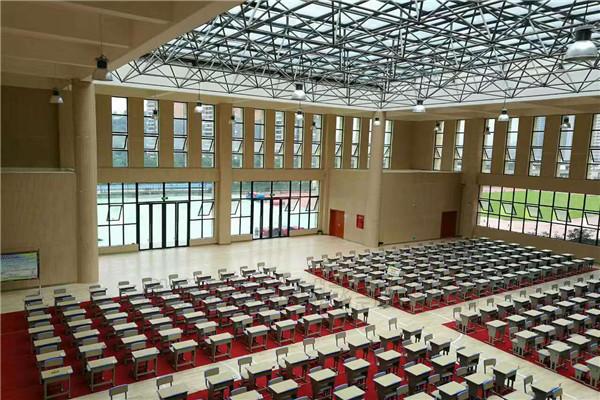 四川泸州市叙永县城西实验学校运动BOB棋牌app下载铺设工程案例-6