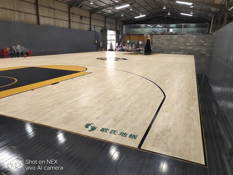 篮球馆木板价格.jpg