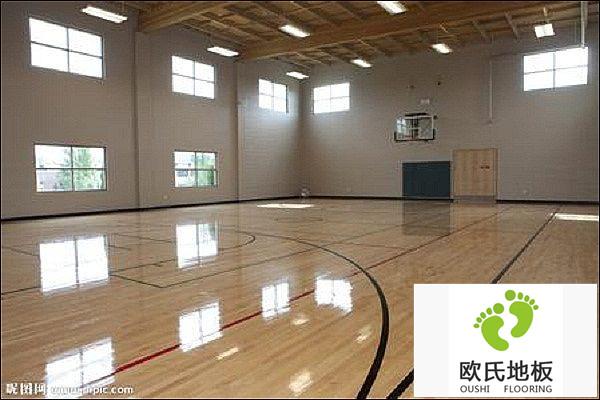 实木体育馆地板不平整原因