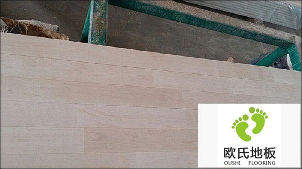 实木运动地板价格由什么决定?
