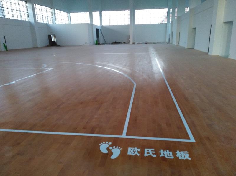 江苏徐州悦城小学篮球木地板施工案例